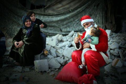 ولد لكم اليوم مخلّصٌ في غزّة...