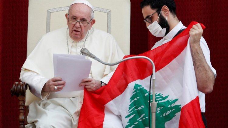 البابا فرنسيس: أدعوكم لعيش يوم عالمي للصلاة والصوم من أجل لبنان