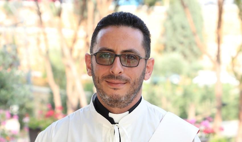 المشروع الكهنوتي للخوري نعيم صقر