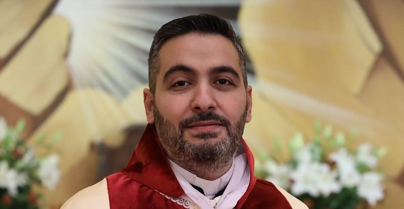 المشروع الكهنوتي للخوري منصور زيدان