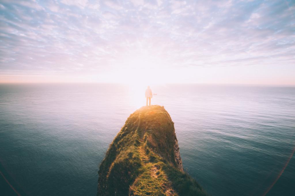 بإنتظار الوعد: مجد الله الحاضر الأزليّ والأبديّ في حياة شعبه