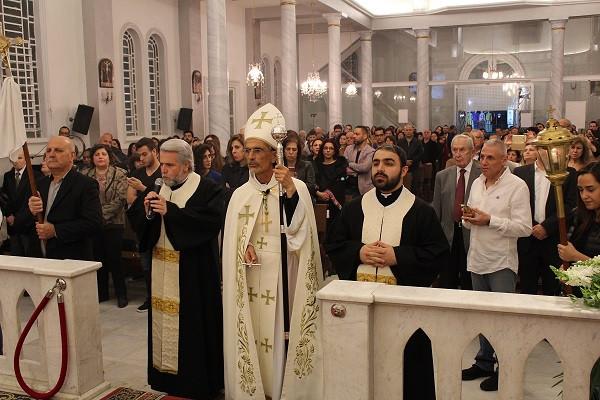 قدّاس الفصح في كنيسة مار تقلا - جل الديب