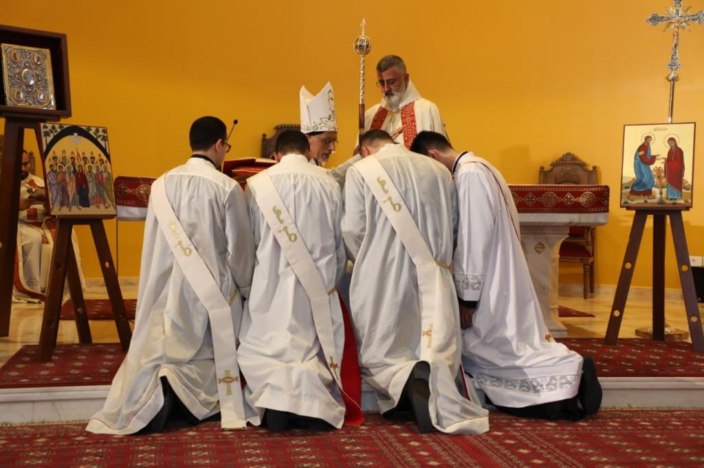 كهنة جُدُد على مذابح أبرشيّة أنطلياس المارونيّة