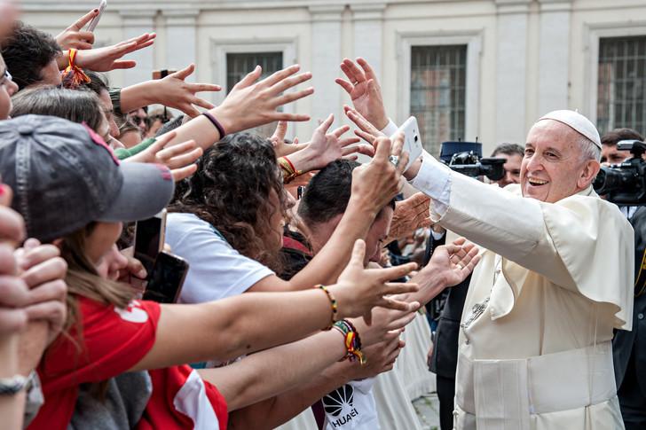 """الإرشاد الرسولي """"المسيح يحيا"""" للشباب"""