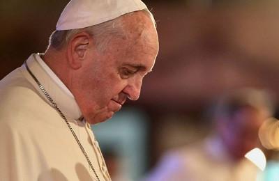 البابا فرنسيس يُعزّي ضحايا اليونان